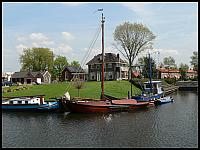 images/stories/20060503_Holandia/800_P1030477_Lodzie.JPG