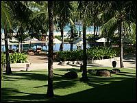 images/stories/20080427_Tajlandia_Niedziela/640_Fot06_IMG_1841_BasenHotelowy_1.JPG