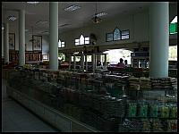 images/stories/20080503_Tajlandia_Sobota/640_Fot125_img_2900_HandelOrzeszkami_1.jpg