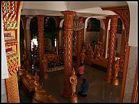 images/stories/20080503_Tajlandia_Sobota/640_Fot134_img_2864_SwiatyniaWnetrze_1.jpg