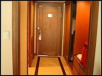 images/stories/20080427_Tajlandia_Niedziela/640_Fot03_IMG_1829_HotelPokoj_1.JPG