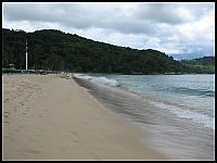 images/stories/20080427_Tajlandia_Niedziela/640_Fot11_IMG_8769_ZatokaKata_PlazaKataNoi_MasztTsunami.JPG